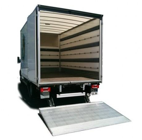location camion avec haillon simple camion de avec hayon with location camion avec haillon. Black Bedroom Furniture Sets. Home Design Ideas